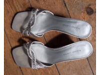 Roland Cartier Silver Diamante backless Shoes / Sandals - Size 8 1/2