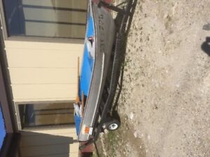 12' aluminum boat with trailer and trolling motor