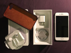 For Sale: Unlocked iPhone 7 Silver 128GB with AppleCare+