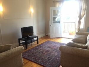 Large 5 1/2 for rent for October 1st NDG/metro Villa Maria
