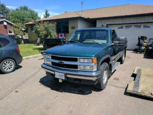 *sale pending* 1995 Chevrolet K1500 Silverado Z71 5.7 TBI