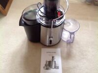 Andrew James Professional Whole Fruit Power Juicer 850 Watts with Cleaning Brush and Jug