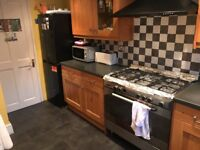^^^ DOUBLE ROOM NEXT OVERGROUND STATION MUST SEE JUST £549PM ALL BILLS INC COUPLES ALLOWED ^^^