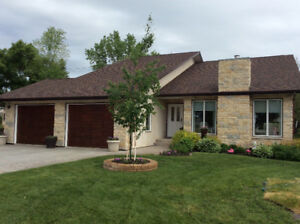 Beautiful Home in Neepawa MB