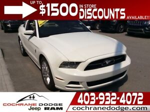 2013 Ford Mustang V6 Premium - EXCELLENT CONDITION!!