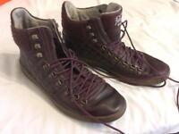 Size 9 men's Penguin shoes