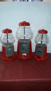 Carousel red metal and glass orginal tabletop gumball machines