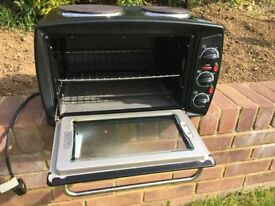 Freestanding Oven and twin Hob,