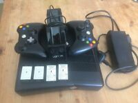 Xbox 360 Slim with loads of games see pictures