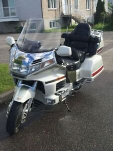 HONDA GOLDWING 2000 82 000KM