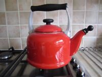 Le Creuset 2.1 Litres traditional kettle, unused, colour cerise RRP £90 – sell for £45.