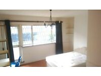 Double room with garden access and a single room available in clean and tidy same house, Poplar,