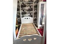 White 4poster single bed