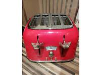 Delonghi 4 slice red toaster