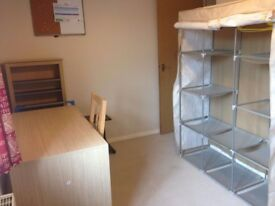 Large Single Room available in Shaw, West Swindon