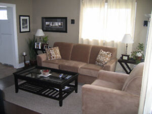 2 Bedroom Upper Flat near Hfx. Shopping Ctr. - Avail Aug 1st