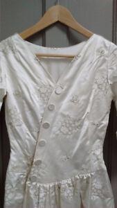 vintage & modern wedding dresses