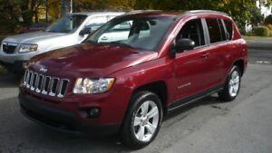2012 Jeep Compass Sport north edition  8 pneus garantie avril 20