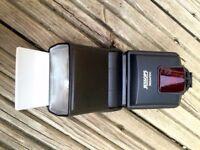 Jessops Flashgun for Canon DSLR Cameras. 360 AFDC model. Great condition