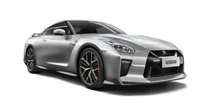2015 Nissan GT-R Coupe (2 door)