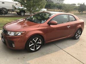 2011 full load leather Kia Forte koup