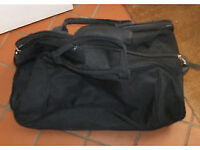 2 x Wheeled Holdalls with extending handles