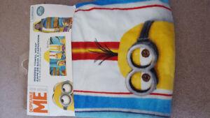 Hooded minion bath/beach towel