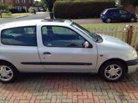 Renault Clio Y Reg