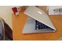 MacBook Pro 13 i5@ 2.4ghz 8Gb Ram 500GB HDD Omnisphere, Logic Pro X