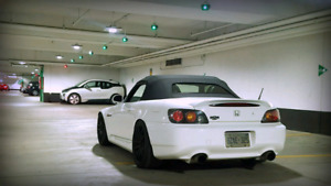 2005 Honda S2000 - White on Red - Canadian Car