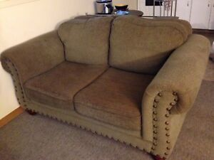 Couch set !!