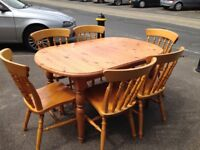 Pine extending table and 6 chairs vgc