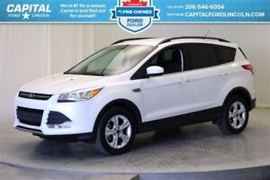 "2016 Ford Escape SE EcoBoostâ""¢  4WD*Heated Seats - Back Up Came"
