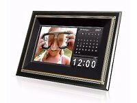 Almost New Transcend T Photo 710 Digital Picture Frame with 1GB of internal memory Images Videos