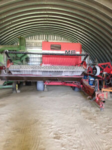 Massey Ferguson 852 Combine and Parts Combine