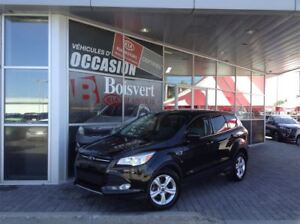 2014 Ford Escape SE  SEULEMENT 25000 KM