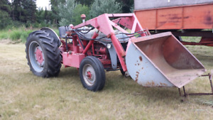 Ford tractor 9N with loader