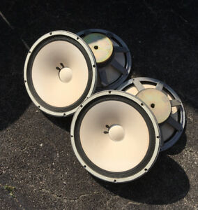 "15"" Yamaha Speakers. Make an Offer"