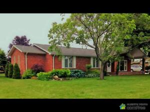 $449,900 - Bungalow for sale in Plympton-Wyoming