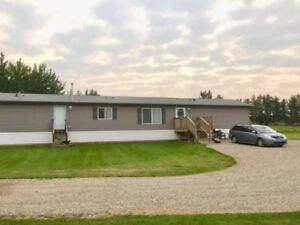 Gorgeous 5.5 Acres 1 km from Edson