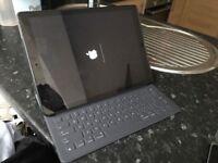 "iPad Pro 12.9"" Space Grey 32Gb Wifi with Brand New Apple Smart Keyboard running IOS 11 beta"