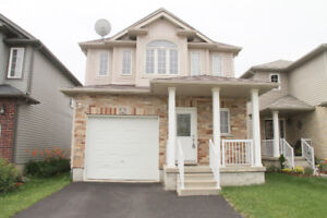 Single detached house -Close to universities