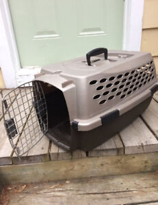Cat/small dog, carry cage