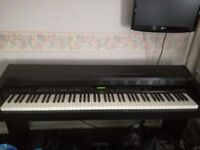 Roland KR-3000 Electric Piano