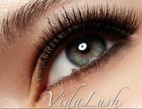 Eyelash extensions pose de cil