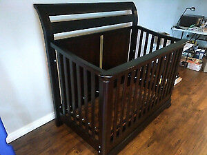 Shermag 4-in-1 Crib and Kids Bed