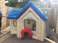 Kids blow up house takes 2 mins to get it up 2 mins to take it down with electric air pump