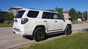 ABSOLUTELY GORGEOUS 4runner Limited!! Perfect condition as new!!