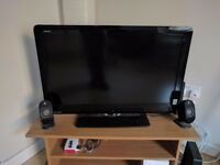 Sharp Aquos 32 inch LCD TV in perfect conditions: 50 Pounds