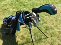 JUNIOR GOLF CLUBS and BAG suit 6 - 11yrs